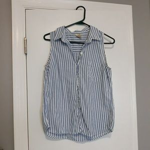 Cute button up top. Good used condition